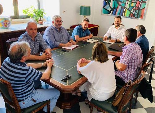 El alcalde de Cáceres recupera el proyecto de un nodo logístico en el polígono Capellanías