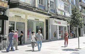 El Círculo Empresarial Cacereño y la Agrupación Vecinal de Cáceres se oponen a la subida de los impuestos del IBI y de circulación de vehículos
